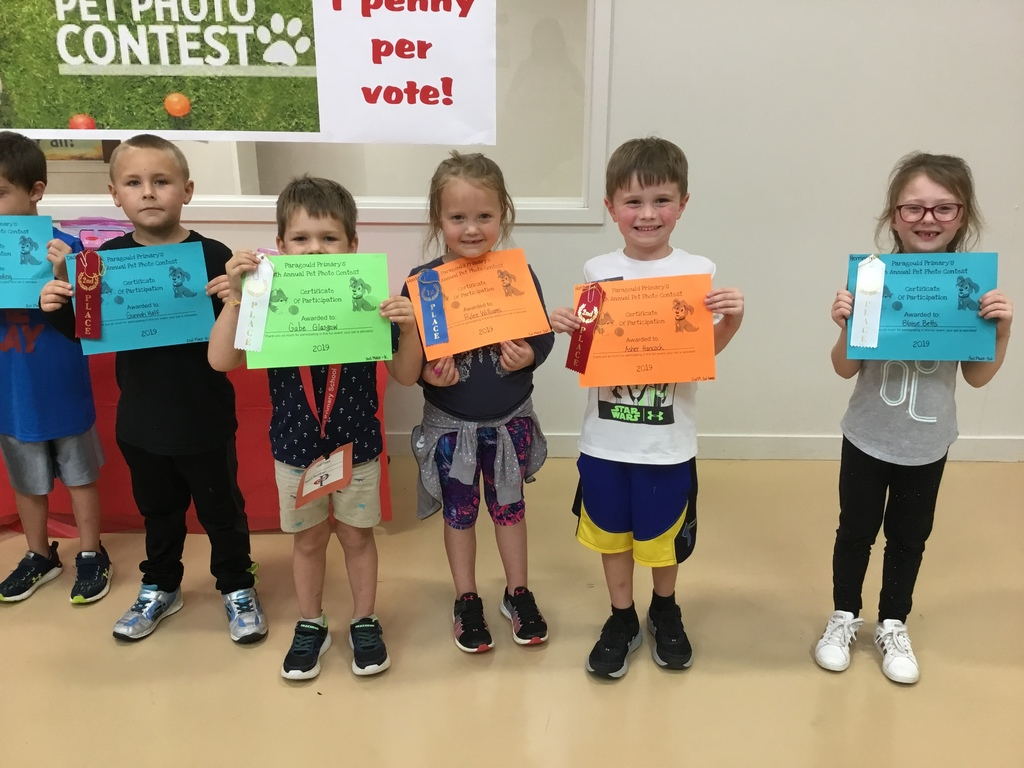participants in the pet contest